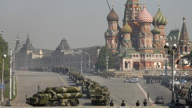 Russia-Kremlin-S300-e1374661091253
