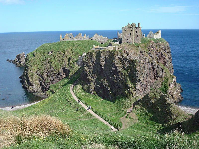 Dunnottar-Castle-Scotland-1