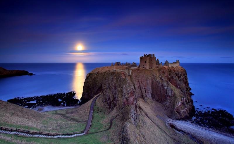 Dunnottar-Castle-Scotland-3